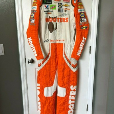 Chase Elliott Race Used / Worn Drivers Fire Suit w/COA 2018 NASCAR Hooters